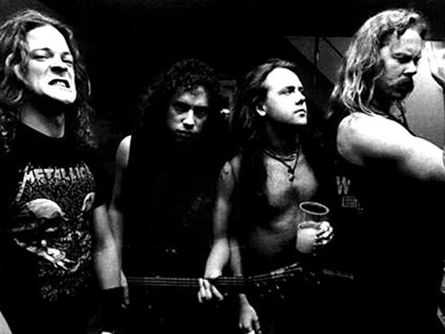 "Metallica face istorie cu ""Black Album"" care a stat 10.5 ani in top Billboard 200 -"