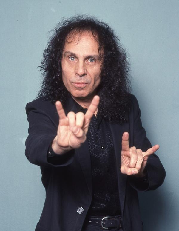 Ronnie James Dio va avea in curand un documentar oficial aprobat de familie si casa de discuri