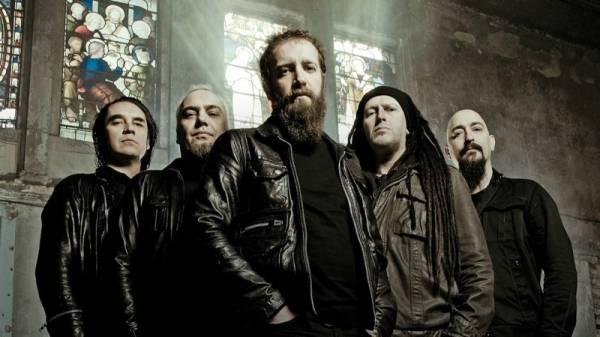 """PARADISE LOST a anunţat lansarea unui nou album. Numele acestuia va fi """"Obsidian"""" şi va conţine 9 piese"""