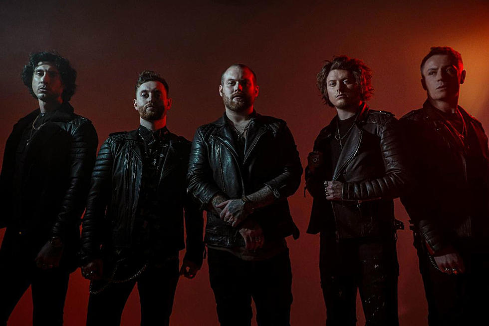 "Asking Alexandria a lansat un nou single de pe viitorul album intitulat ""Down To Hell"""