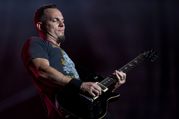 Mark Tremonti, chitaristul Alter Bridge ne vorbeşte despre chitara PRS signature