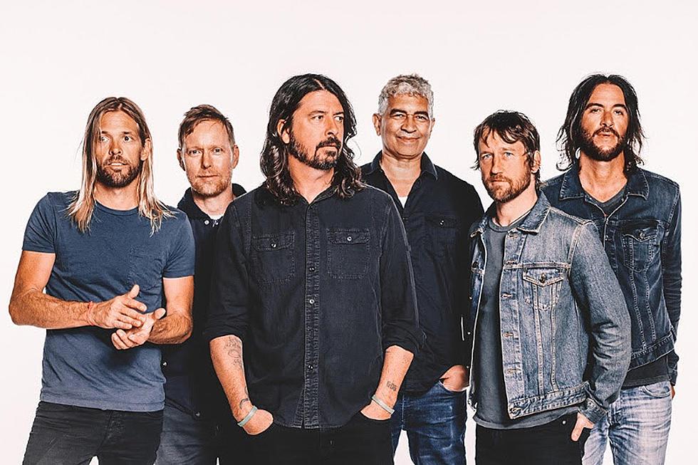 Trupa Foo Fighters A Lansat Un Teaser Cu o Imagine În Care Apare Un Coşciug În Flăcări