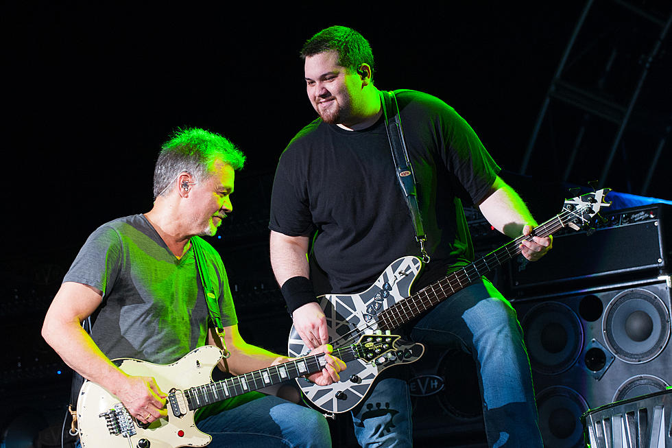 Wolfgang Van Halen a lansat un clip tribut Eddie Van Halen