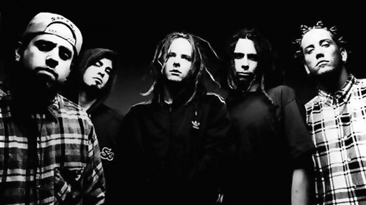 Albului Issues a celor de la Korn: 8 lucruri pe care probabil nu le ştiai