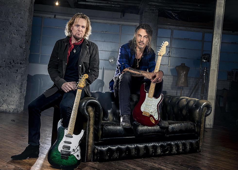 Adrian Smith şi Richie Kotzen anunţă o colaborare şi lanseaza primul single