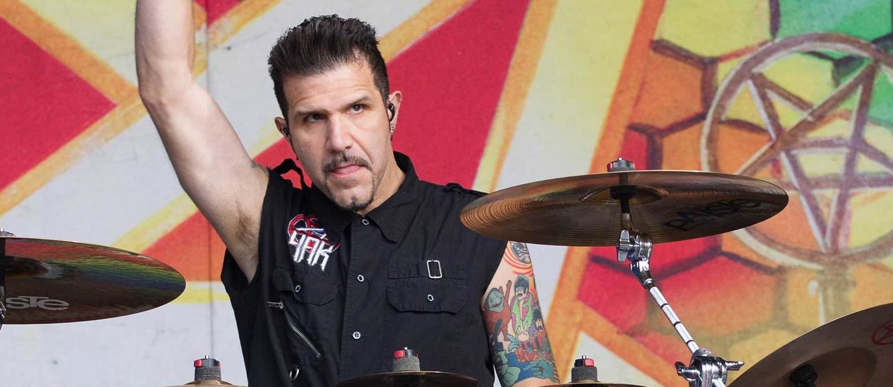 Video Charlie Benante bate la tobe un nou demo ANTHRAX