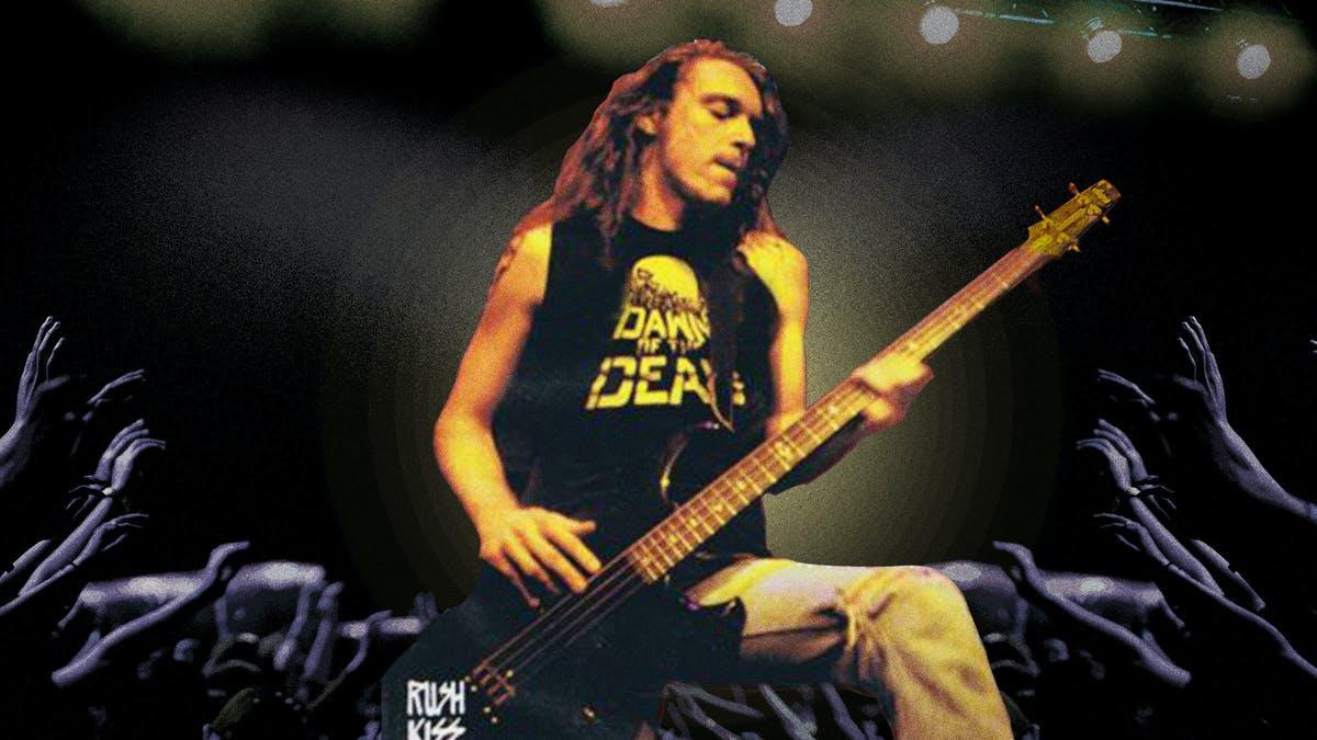 Vezi evenimentul virtual ce sîrbătoreste viața fostului basist Metallica CLIFF BURTON
