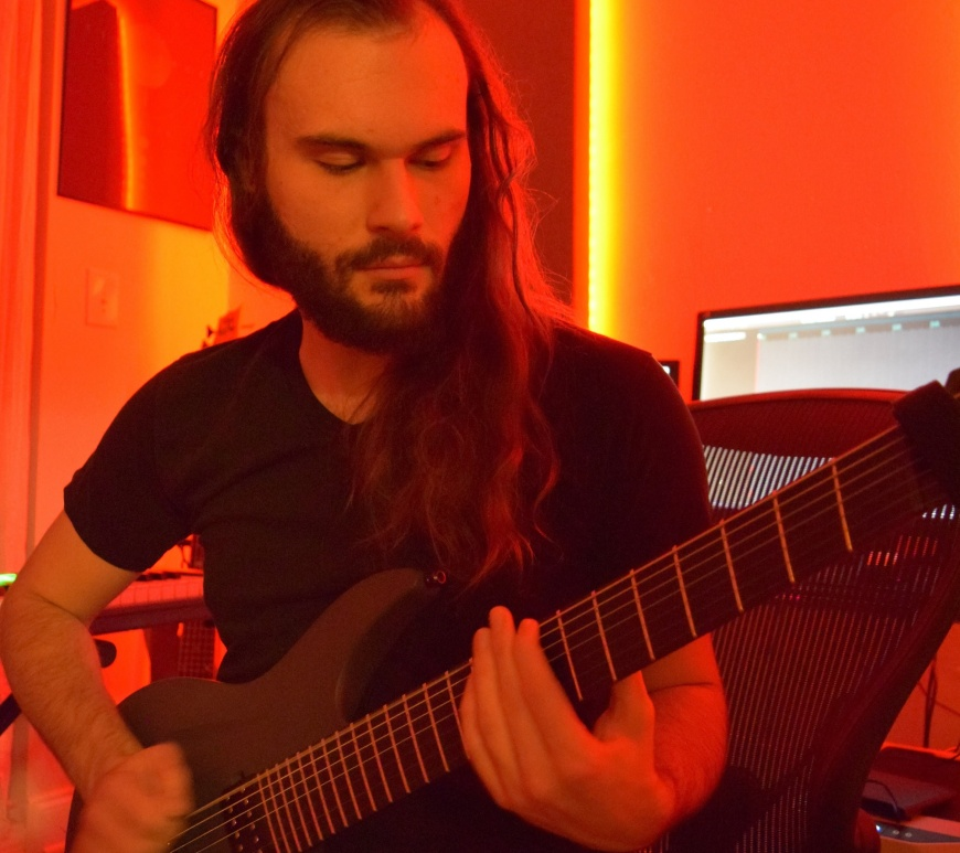 "Manuel Barbará Presents His Progressive Metal Album ""Moonrise"""