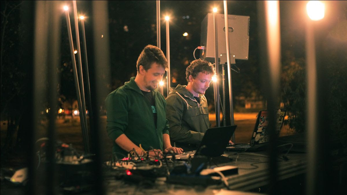 """Duo-ul timişorean de muzică electronică We Are Creepz lansează remixul """"In Brightness"""", după piesa omonimă a trupei Thy Veils, sub label-ul Psihodrom Records"""