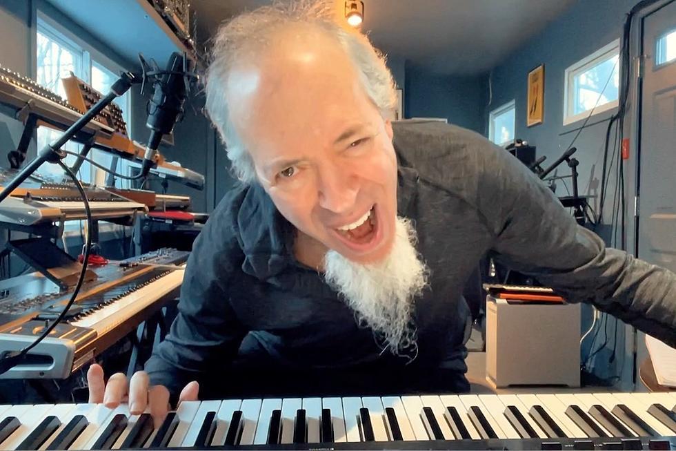 Jordan Rudess de la Dream Theater interpretează bucățile preferate de claviatură