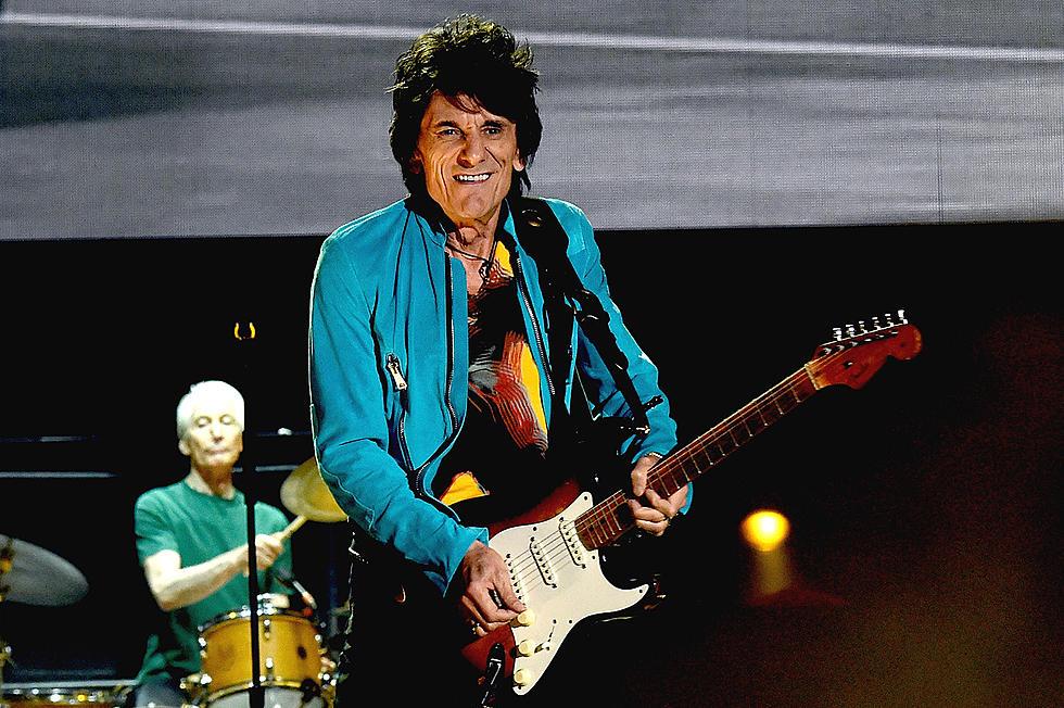 Ronnie Wood de la Rolling Stones a dezvăluit ca a fost diangosticat cu cancer pentru a doua oară, prima oară fiind descoperit în 2017 cancer pulmonar. Chitaristul, care din nou vine cu un verdict din punct de vedere al sănătății, a luptat împotriva bolii în timpul carantinei legate de pandemie.