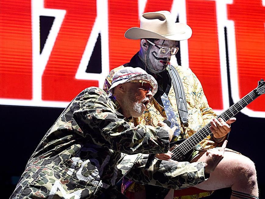 Limp Bizkit are înregistrate 35 de melodii instrumentale pentru albumul Disco Elephants