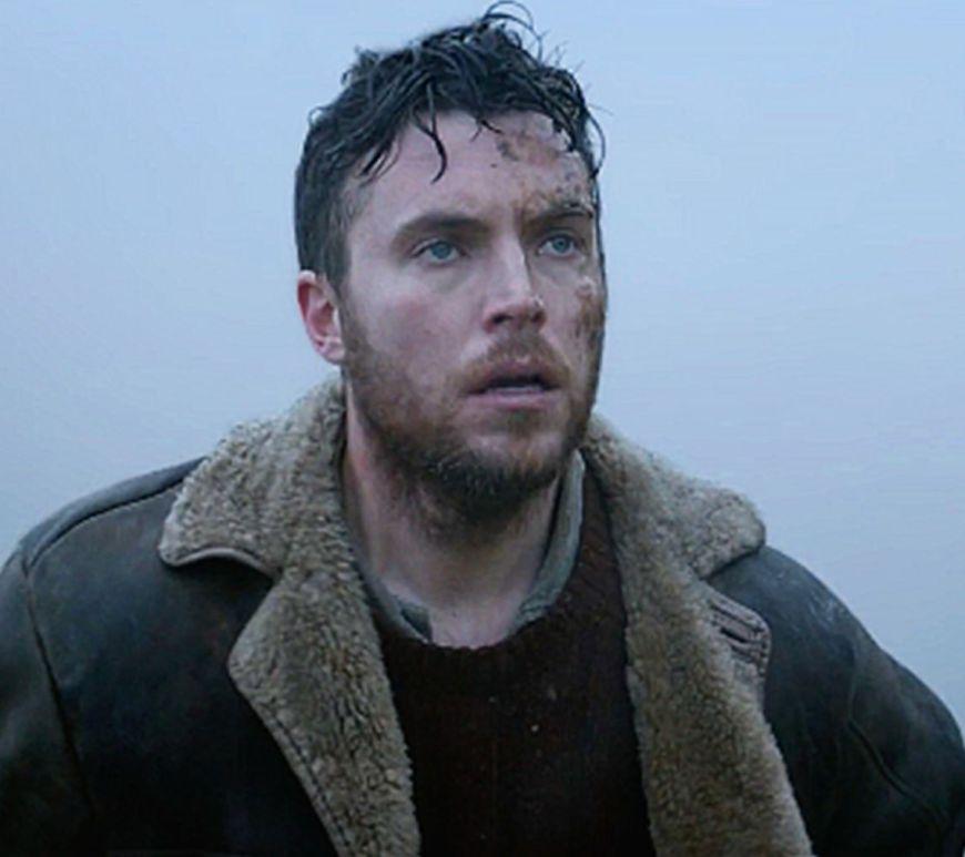Tom Hughes Este Bântuit În Horror-ul lui Russell Owen, Shepherd - Vezi Trailerul